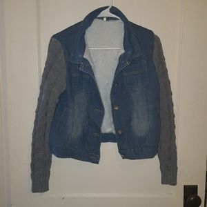 Jean jacket with knit sleeves